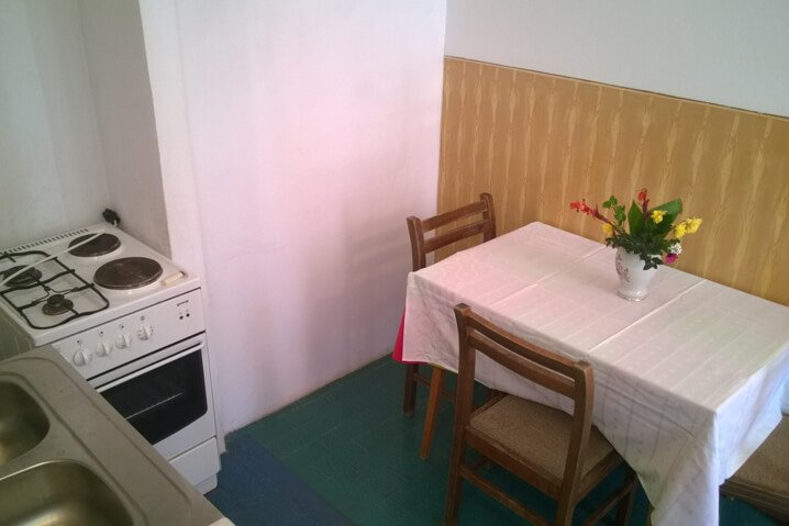Family Apartment Four Persons dining